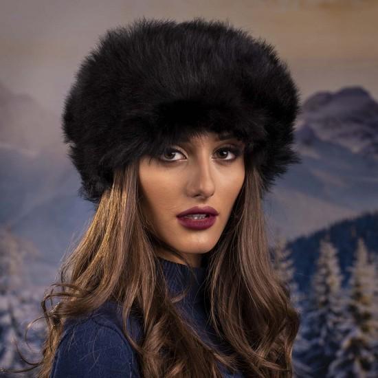 Дамска кожена зимна шапка калпак в черно
