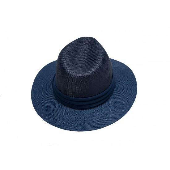 Мъжка шапка в синьо със синя лента