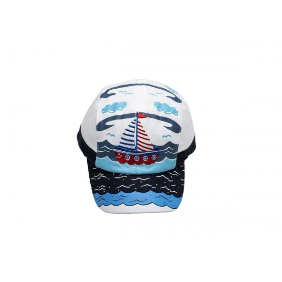 Детска шапка с козирка в тъмносиньо с корабче