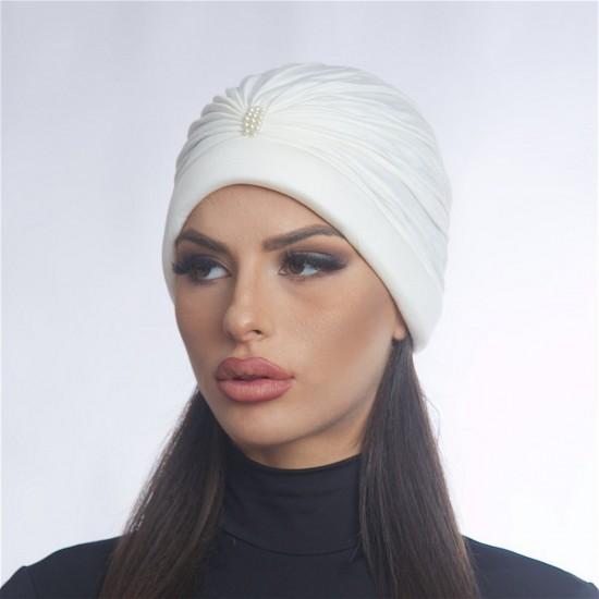 Дамски тюрбан с перлички бял