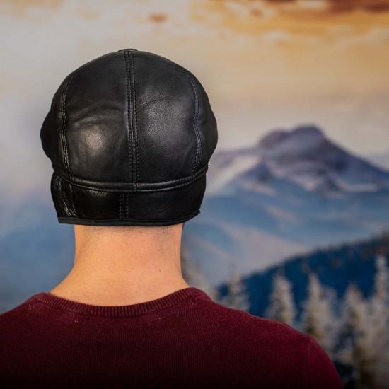 Мъжки зимен каскет в черно естествена кожа