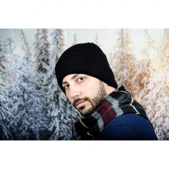 Черна мъжка зимна шапка