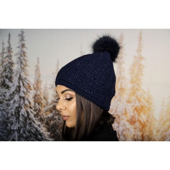 Дамска зимна шапка с еко пух тъмносиня