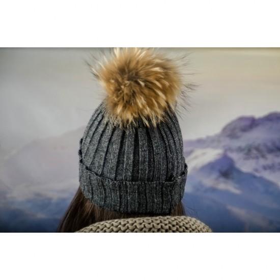 Дамска плетена зимна шапка графит