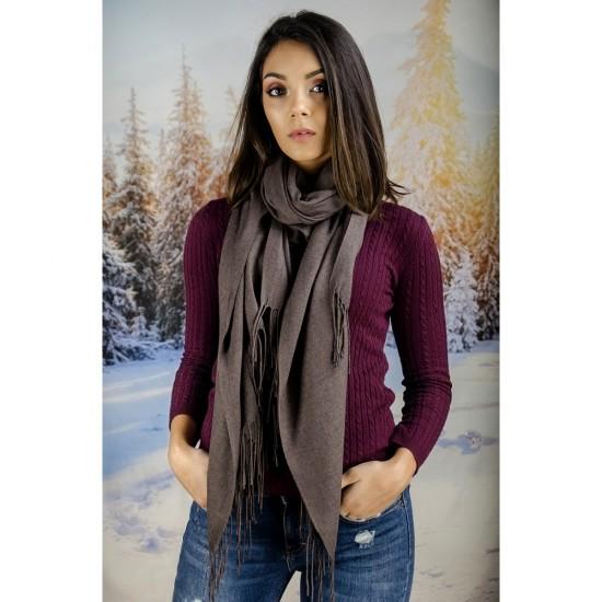 Кафяв дамски шал едноцветен