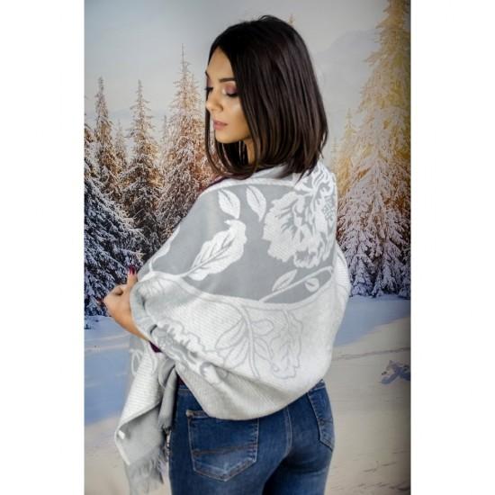 Дамски шал в сиви нюанси