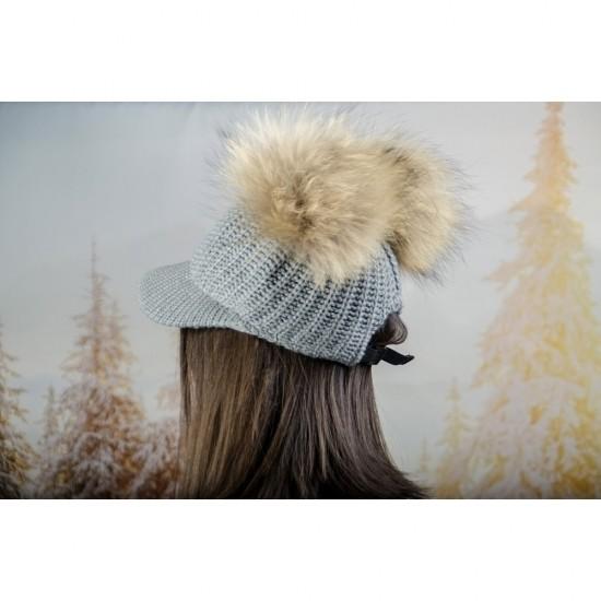 Плетена дамска шапка с козирка и два помпона в сиво