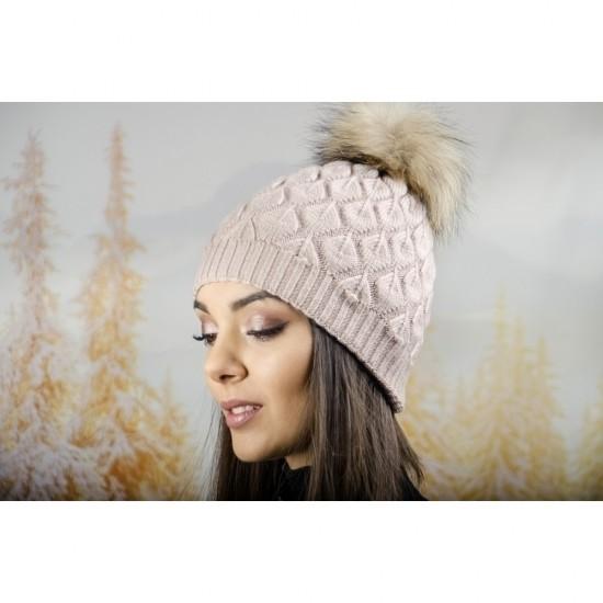 Зимна дамска шапка ангора в пепелнорозово