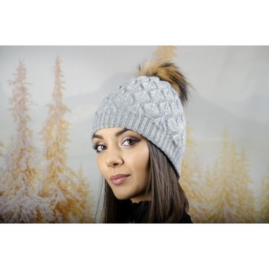 Зимна дамска шапка ангора в сиво