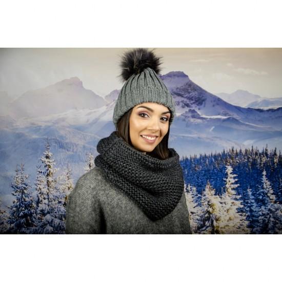 Дамски тъмносив зимен шал тип яка
