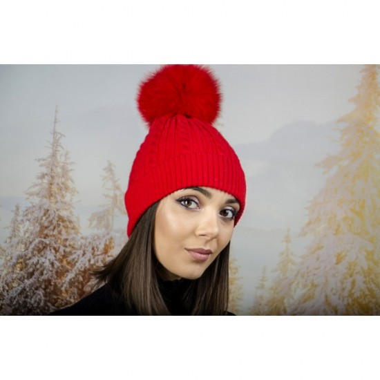 Зимна дамска шапка ангора с пух в червено
