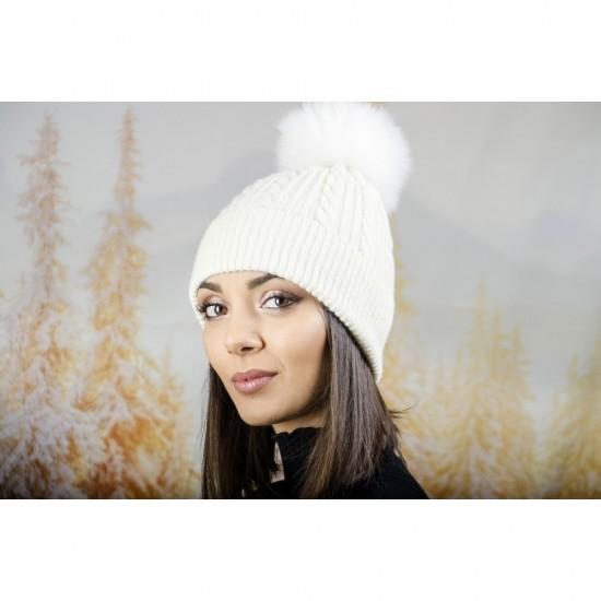 Зимна дамска шапка ангора с пух в бяло