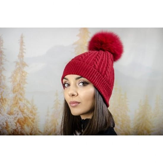 Зимна дамска шапка ангора с пух в тъмночервено