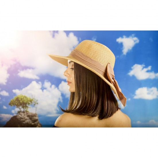 Дамска лятна шапка с панделка в светлокафяво