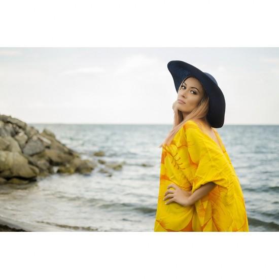 Плажна туника в жълто с цветя