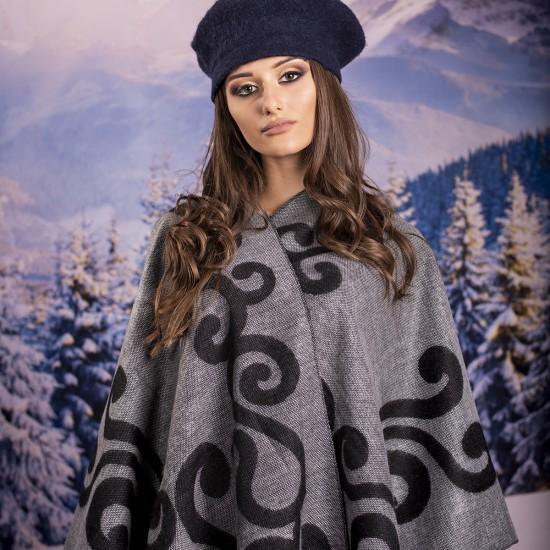 Дамски двулицев зимен шал тип пончо в светлосиво
