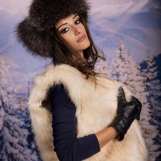 Дамски екрю зимен елек