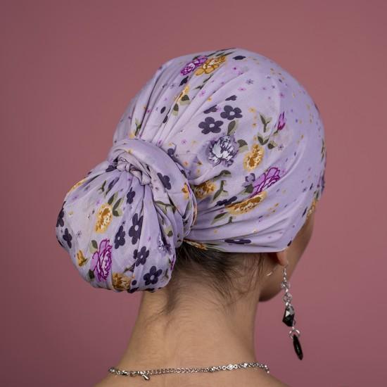 Дамски тюрбан в лилаво на цветя