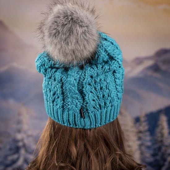 Дамска зимна шапка с еко пух синя