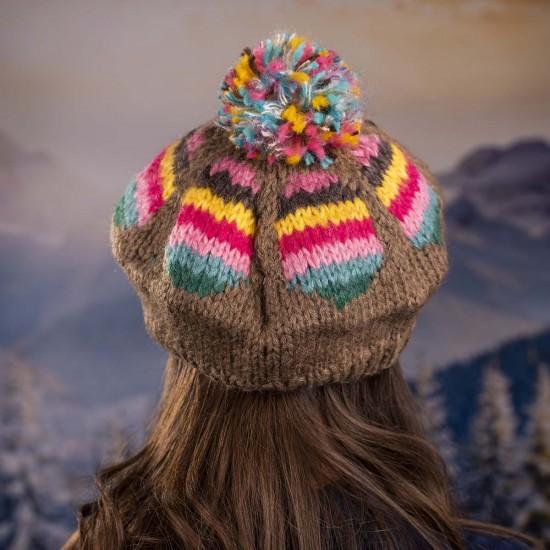 Дамска зимна шарена барета
