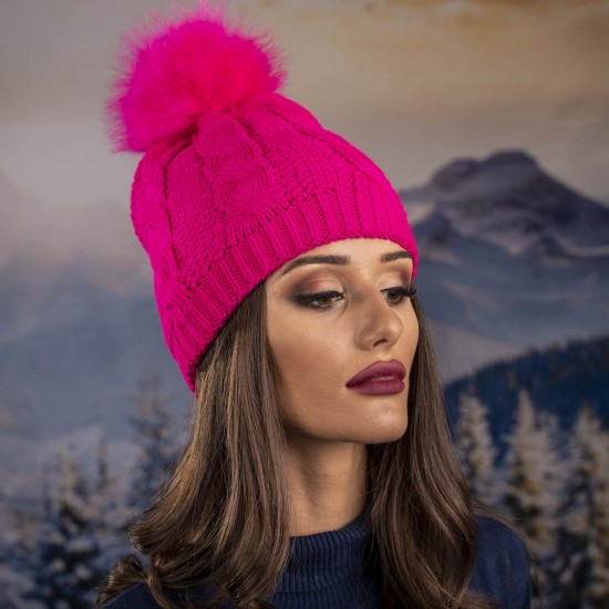 Дамска зимна шапка циклама