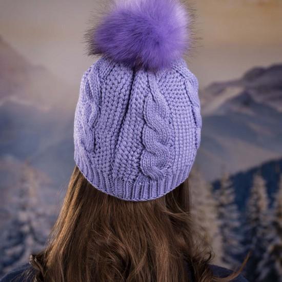 Дамска зимна шапка тъмнолилава