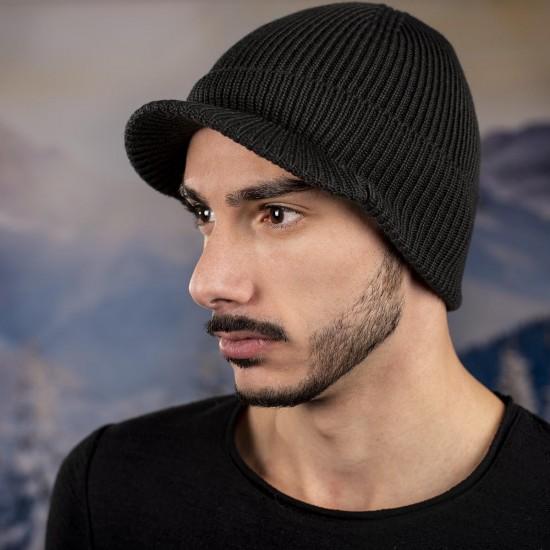 Мъжка зимна шапка с козирка тъмносива