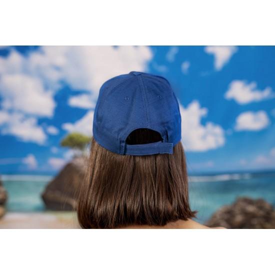 Синя изчистена  шапка с козирка