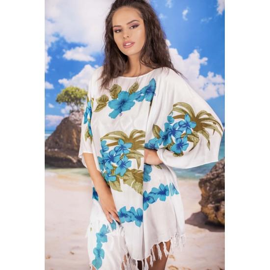 Плажна туника в бяло със сини цветя