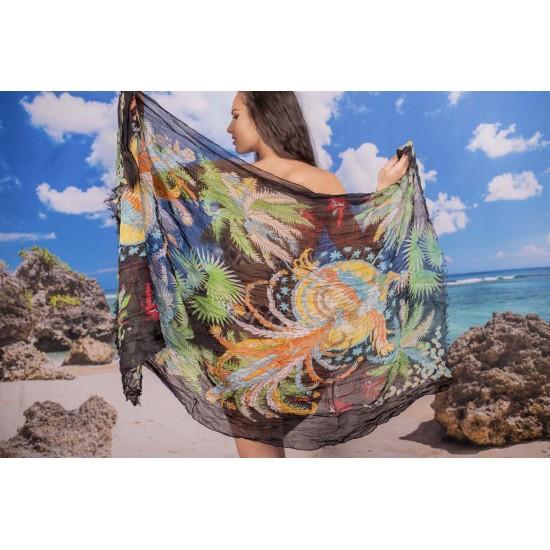 Ефирен плажен шал в черно с палмови цветя