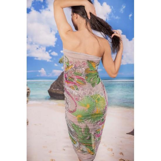 Ефирен плажен шал в бледосиво с палмови цветя