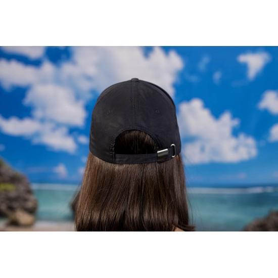 Дамска шапка с козирка в тъмносиньо