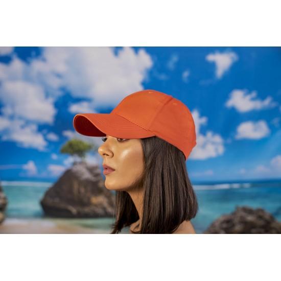 Дамска шапка с козирка в оранжево
