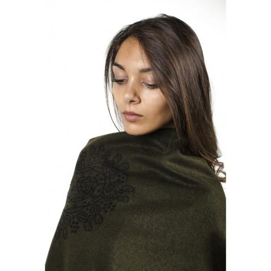 Дамски двулицев шал тип пончо тъмнозелен