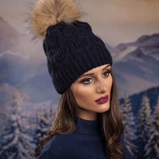 Тъмносиня дамска зимна шапка естествен пух