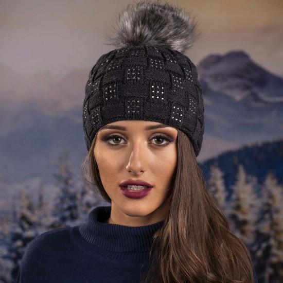 Плетена дамска зимна шапка тъмносива с камъчета