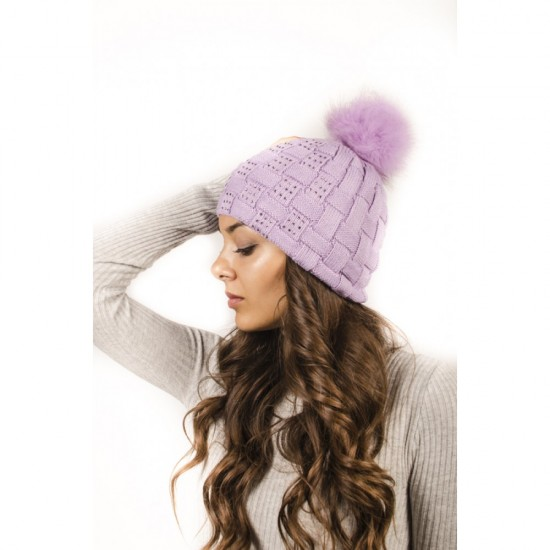 Плетена дамска зимна шапка лилава с камъчета