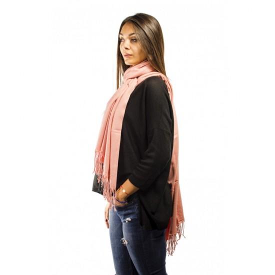 Едноцветен дамски шал праскова