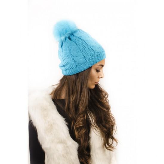 Светлосиня дамска шапка
