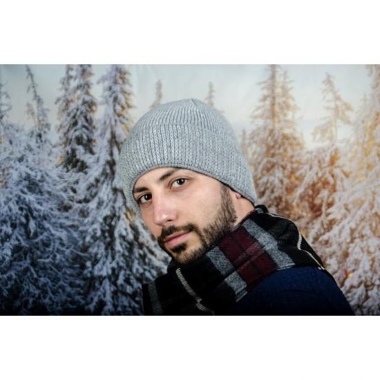 Сива мъжка зимна шапка