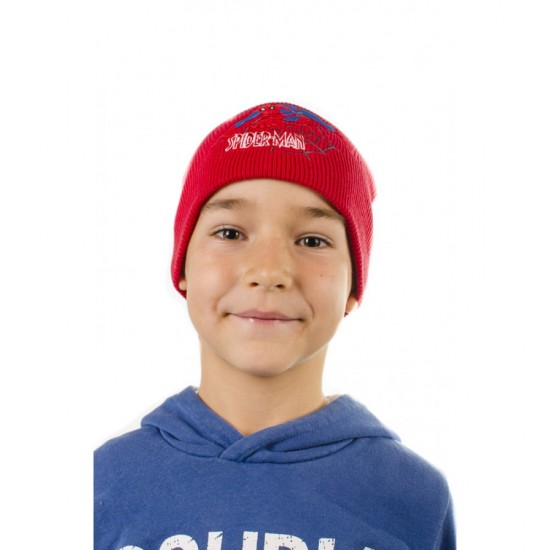 Червена детска шапка с апликация