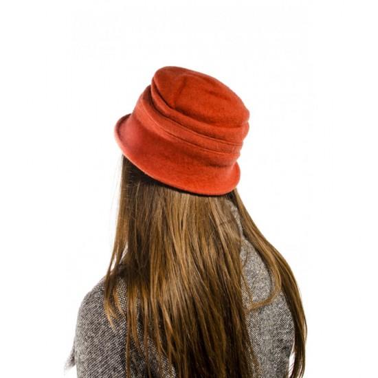 Оранжева дамска шапка малка периферия