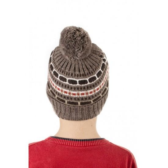 Детска зимна шапка с помпон в кафяво