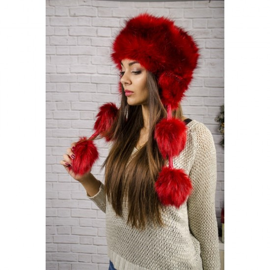 Пухкава зимна дамска шапка в бордо